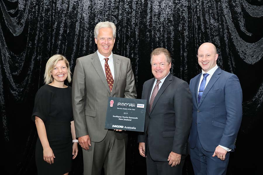 Southpac wins Kenworth service dealer award